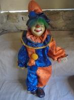 Ancien Clown En Céramique (A Restaurer) - Other Collections