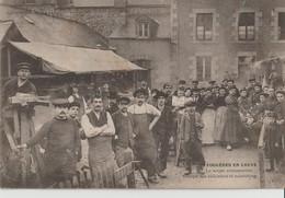 FOUGERES - Fougères En Grève - La Soupe Communiste - Groupe De Cuisiniers Et Cuisinières ( Carte Animée ). - Fougeres