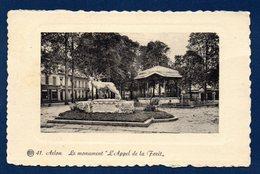 Arlon. Square Astrid. Monument L'Appel De La Forêt.( Jean-Marie Gaspar). Kiosque. Magasin Instruments De Musique. 1938 - Arlon