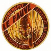 Rare Etiquette De Fromage Camembert - Le Fauve - Fabriqué En Charente (16) (Thème Tigre) - Cheese
