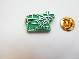 Beau Pin's En Plastique , Auto Renault Twingo - Renault