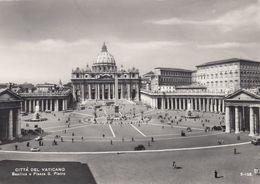 Cp , VATICAN , La Ville , Place Et Basilique Saint-Pierre - Vatican