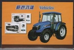 K* (2018) - Booklet -  /  Tractor - Truck - Bus - Transportation - Bussen