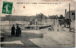 28 CHATENAY - La Mare, Les Pêcheurs De Vers De Vase - Autres Communes