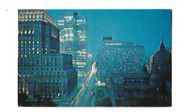 MONTREAL VUE NOCTURNE DE LA RUE DORCHESTER VERS L'EST LA VILLE DE L'EXPOSITION UNIVERSELLE 1967 - Montreal