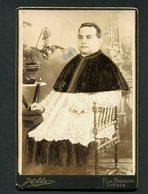Fotografia Antiga PADRE PORTUGUES. Photographia Portugueza LISBOA / ERICEIRA. Old Cabinet Photo PORTUGAL - Photos