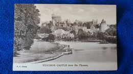 Windsor Castle From The Thames England - Windsor Castle