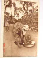 C.P.A.- Afrique - Cameroun - Missions Prêtres Sacré Coeur - La Toilette De Bébé - 1950 - SUP (BD69) - Cameroun