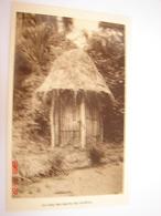C.P.A.- Afrique - Cameroun - Missions Prêtres Sacré Coeur - Case Esprits Des Ancêtres - 1950 - SUP (BD71) - Cameroun