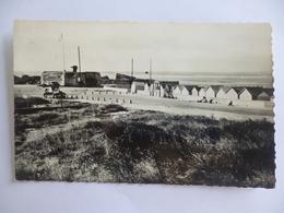 Courseulles.  Le Blockhaus Et La Jetée.  CPSM - Courseulles-sur-Mer