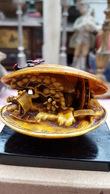 Japans Miniatuur Tafereel In Schelp, Waterrad Draait, Chiyoloid, Oud - Aziatische Kunst