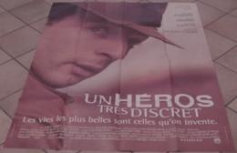 AFFICHE CINEMA ORIGINALE FILM UN HEROS TRES DISCRET Jacques AUDIARD KASSOVITZ DUPONTEL KIBERLAIN 1996 - Affiches & Posters