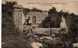 Belle-Isle En Terre - Fontaine Notre-dame De La Coqueluche - France