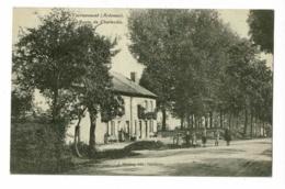 Yvernaumont - Route De Charleville (animation) Circulé 1910, Cachet Convoyeur De Charleville à Sedan - France