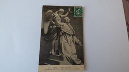 Chapelle  Expiatoire     Apothéose De   Louis XVI Par Le Baron Bosio - Statues