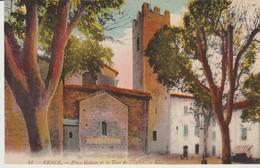 C.P.A. -  VENCE - PLACE GODEAU ET LA TOUR DE L'EGLISE - L. L. - 11 - - Vence