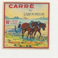 V 238 / ETIQUETTE DE FROMAGE   CARRE DU LABOUREUE   FROMAGERIE DE NOVIANT AUX PRES  (M & M ) - Fromage