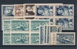 CP-308: FRANCE: Lot  Croix Rouge 1950/1952** 876/877(blocs De4)-914/915(blocs De 4)-937(2 Blocs De 4)-938(4)-938a* - Neufs