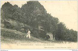 88 PLOMBIERES LES BAINS. Jardinier Voutes Feuillée Dorothée - Plombieres Les Bains