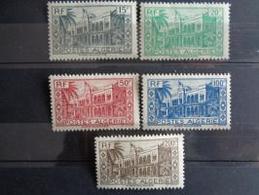 ALGERIE 1944 - Y&T N° 200 à 204 ** - PALAIS D'ETE D'ALGER ( AVEC VARIETE RECTO VERSO ) - Algeria (1924-1962)