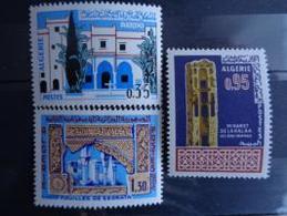 ALGERIE 1967 N° 441 à 443 ** - ART MUSULMAN - Algérie (1962-...)
