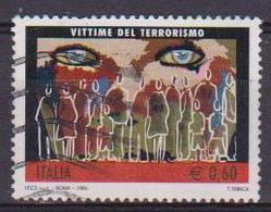 ITALIA  REPUBBLICA 2006 VITTIME DEL TERRORISMO SASS. 2925 USATO VF - 2001-10: Usati