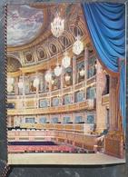 Président Charles De Gaulle Reçoit Au Château De Versailles Président Irakien Abdul Aref.En Couverture Vue Du Théâtre . - Programma's
