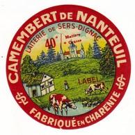 Etiquette De Fromage Camembert De NANTEUIL Charente - Quesos
