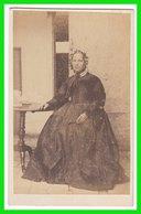Photografie: Ort U. Fotograf Unbekannt - Feine Betagte Dame, Frau Femme Woman #0635 CDV /kab - Photos
