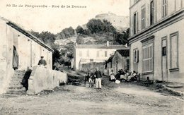 Ile De Porquerolle Rue De La Douane - Porquerolles