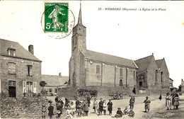 36- HAMBERS -l'Eglise Et La Place  -ed/ A Dolbeau - France
