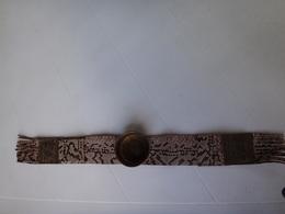 Ancien Cendrier D  Accoudoir De Fauteuil Cuir Et Laiton - Métal