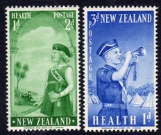 New Zealand 1958 Health Stamps Set Of 2, Hinged Mint, SG 764/5 - New Zealand