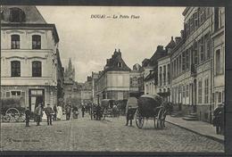 Douai (59) Ref  15 La Petite Place - Douai