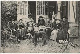 ORSAY  (S. Et O.)  Pas De Légende  -  Réunion De Famille  -  9 Adultes  -  2 Enfants  -  1 Chien  - - Orsay