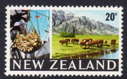 New Zealand 1967-70 20c Beef & Cattle Definitive, MNH, SG 876 - Unused Stamps