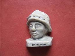 Fève Jeanne D'Arc Série Il Ont Fait La France (  Moulin à Huile ) 2002 - Fève - Rare - Histoire