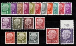 Sarre YV 362 à 381 N** Complete President Heuss Cote 30 Euros - 1957-59 Fédération