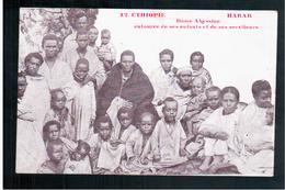 ETHIOPIE Harar - Dame Abyssine Entourée De Ses Enfants Et De Ses Serviteurs Ca  1905 OLD  POSTCARD - Ethiopië