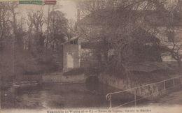 Neauphle-le-Vieux : Ferme De Toussac, Vue Sur La Mauldre - France