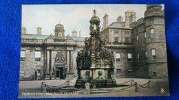 Fountain At Holyrood Palace Edinburgh Scotland - Midlothian/ Edinburgh