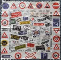 Serviette Papier Ancienne - CODE DE LA ROUTE - PANNEAUX SIGNALISATION - PLAQUES MINERALOGIQUES Tous Pays -thème AUTOMOBI - Werbeservietten
