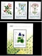 ESLOVENIA 2002 - SLOVENIE - FLORES - YVERT Nº 365-367**+ BLOCK Nº 13** - Slovénie