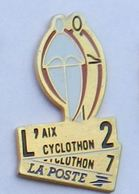 DD157 Pin's PTT Poste AIX CYCLATHLON VELO CYCLISME  Achat Immediat - Postes