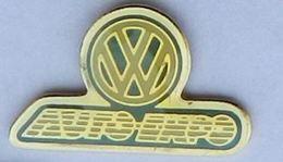 V31 Pin's VOITURE CAR VOLKSWAGEN VW AUTO - Volkswagen