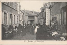 23 - BOUSSAC - La Grande Porte - Marché (impeccable) - Boussac