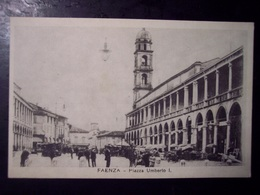 Faenza (Ravenna): Piazza Umberto I. Cartolina Fp Inizio '900 (ben Animata Carri) - Faenza
