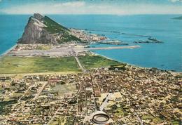 GIBRALTAR Et La Ville Frontière Espagnole De La Linea - Gibraltar