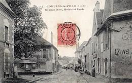 Compans-la-Ville  77   La Grande Rue Animée_La Mairie Et L'Ecole Et Café - Autres Communes