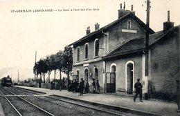 St Germain Lespinasse La Gare A L Arrivee Dun Train - Autres Communes